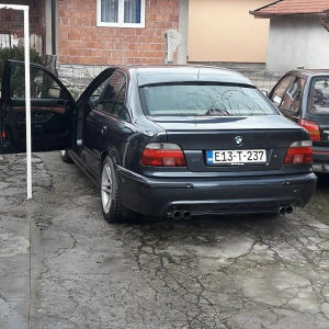 BMW 5 e39 528i M-optic