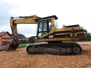 CAT 322B