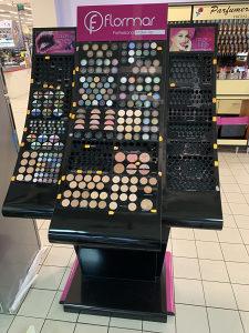 Kozmetika Make-Up Flormar stalak