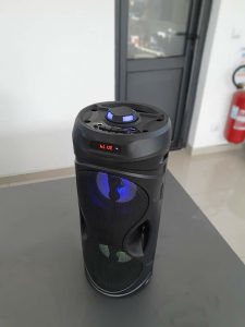 Bluetooth zvucnik 2x70W gratis mikrofon i daljinski