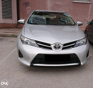 Toyota Auris/ 101.000 km Kupljen i odrzavan u Toyota BH