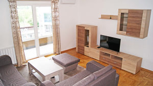 Trosoban stan sa garažom - Nova Otoka - Novi grad