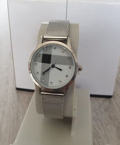 Zenski rucni sat + kutija za poklone
