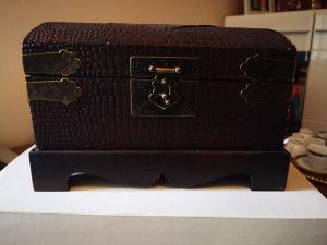 Royal Collection Posuđe Kompletan Set Pozlata