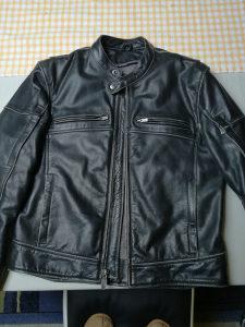 Kožna moto jakna