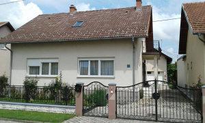 Kuća sa potkrovljem 110 m2 i apartman sa garažom 73 m2