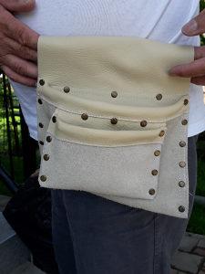 Kozne torbice za gradjevinske radnike