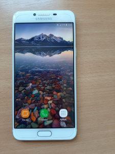 Samsung C5 bijeli,KAO NOV