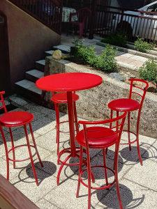 Sto i stolice (tri kompleta)