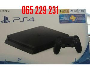Playstation 4 + 1000gb garancija godinu