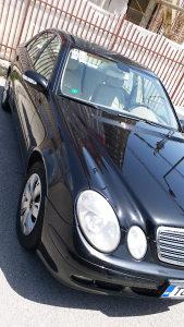 Mercedes-Benz E 220 CDI Automatic