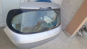 Gepek Zadnja Hauba Peugeot Pezo 308