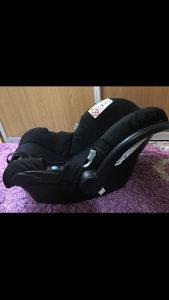 Autosjedalica-nosiljka za bebe