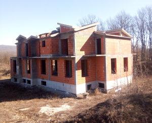 Na prodaju stambeno-poslovni objekat u izgradnji