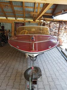 Čamac sa motorom
