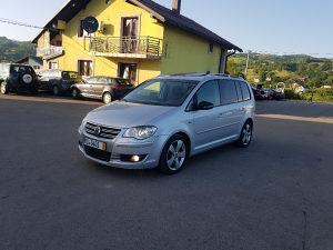 VW Touran R-line 2.0TDI 125 KW