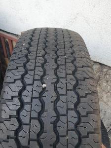 Prodajem 4 gume 275 70 16 Dunlop