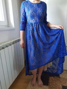 Plava čipkana haljina
