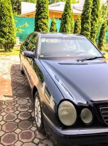 Mercedes- E 240 EXTRA STANJE,REGISTROVAN,MOZE ZAMJENA!!