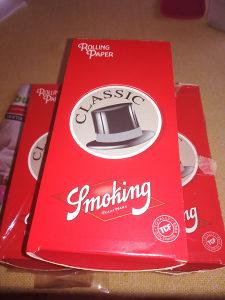 Smoking red rizla