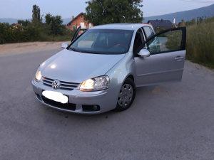 Volkswagen Golf 5 petica 1.9 tdi 77kw 1,9 VW V