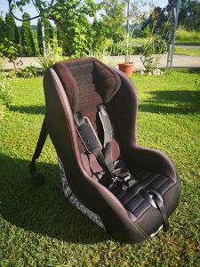 Auto sjedalica Chicco djecija od 9 - 18kg sa izofiksom