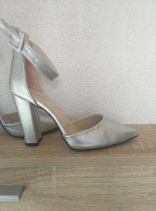 Sandale 20 KM
