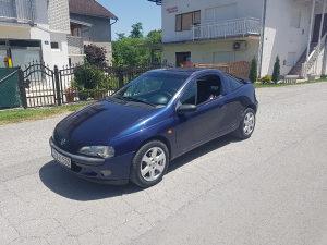 Opel Tigra 1.4 66kw 2000 god. Registrovana