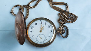 Stari đepni sat sa 3 poklopca ispravan 48MM