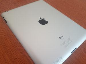 Apple iPad 32 GB u odličnom stanju