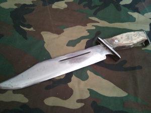 Lovački nož - mačeta (citaj detaljno)