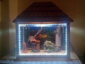 Akvarijum 60 litara sa svom opremom