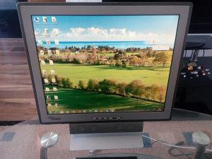 "Lcd monitor Fujitsu Siemens 19"""