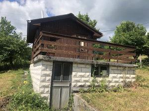 Vikendica Lukavica  sa  zemljištem od 998 m2