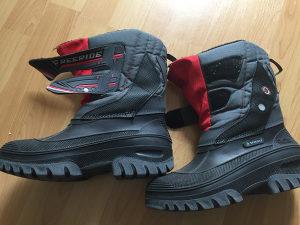Čizme futrovane br 39