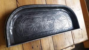Gusana ukras pepeljara za kamin,fijaker peć*ANTIKVITET*