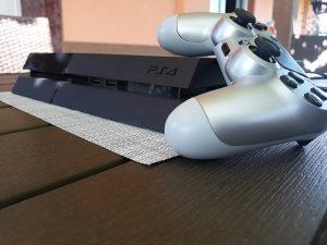 PS4 konzola (Sony 4) POVOLJNO