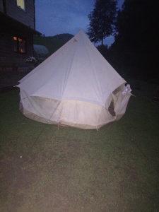 Kamperski šator