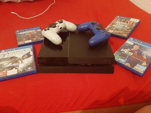 PlayStation 4 Slim 500GB +  7 IGRICA