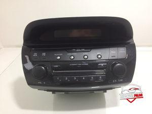Radio CD HondaFRV200539100-SJD-G31E7457