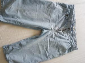Komplet hlače iz zare i majica
