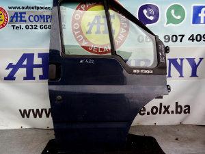 Prva prednja desna vrata Ford Transit 04g AE 432