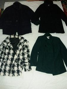 Prodajem16kom jakni(muskih,zenskih)sve za20km POLOVNO