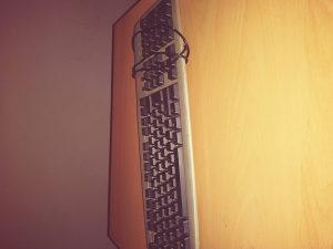 Tastatura za računar anera