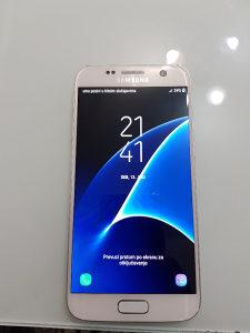 Samsung Galaxy S7 white