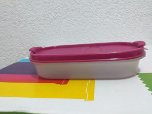 Tupperware oval 300ml