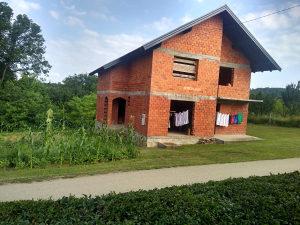Kuća sa placom od 1600m²