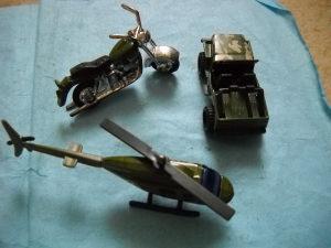 Vojna vozila - lot 3 komada