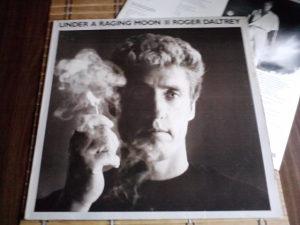 Roger Daltrey – Under A Raging Moon lp