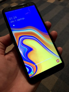 Samsung J4 PLUS GARANCIJA KAO NOV FULL PAKET